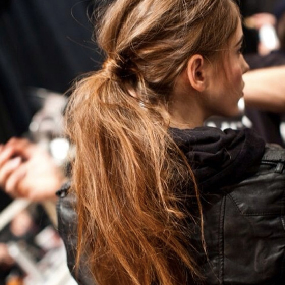 long messy pony tail, backstage at new york fashion week, fashion week beauty, behind the mirror, over and done